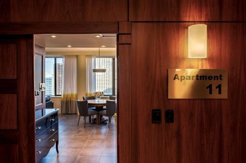 HotelSuite 11 Victoria Square