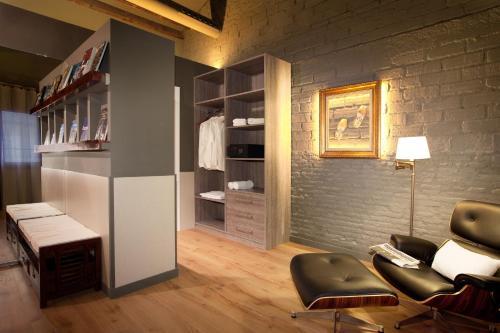 Enjoybcn Miro Apartments photo 54