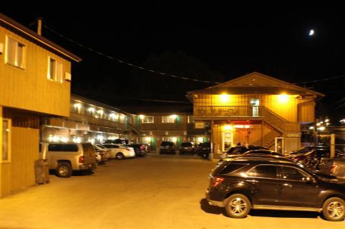 Gold Country Inn Photo