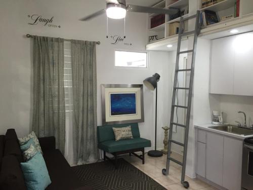 HotelGladiolas 203