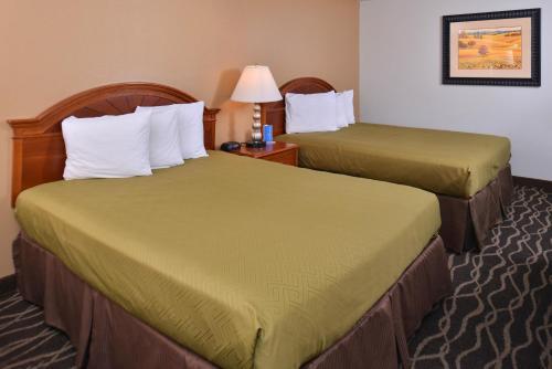 Rodeway Inn Sunnyside - Sunnyside, WA 98944