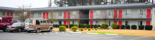 Economy Inn Little Rock Photo