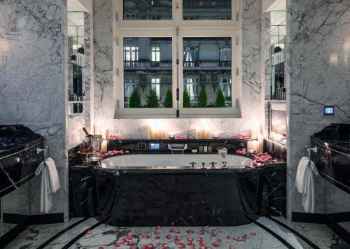 Hotel The Peninsula Paris photo 24
