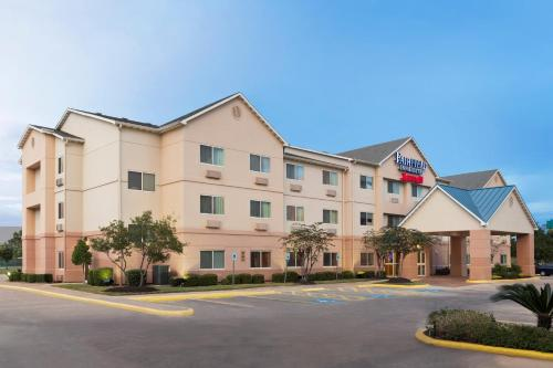 Fairfield Inn & Suites Houston I-45 North photo 14