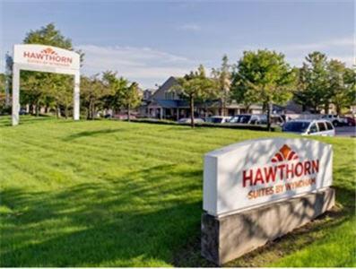 Hawthorn Suites by Wyndham Kent, WA Photo