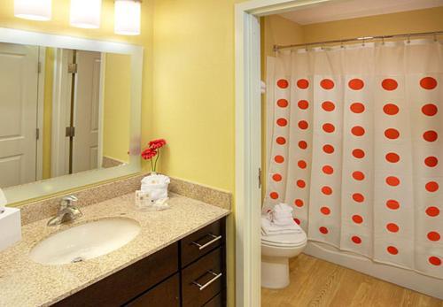 TownePlace Suites By Marriott Cincinnati Blue Ash Photo