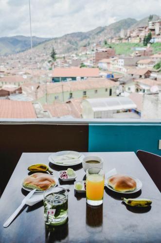 Cuscopackers Hostels Photo