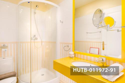 Fira Turistic House photo 32