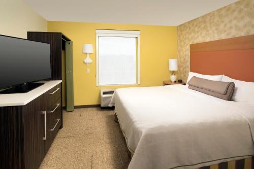 Home2 Suites By Hilton Denver International Airport - Denver, CO 80249
