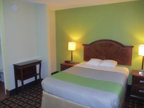 Motel 6 Savannah