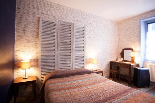 hotel saint melaine h tel 75 rue ange de guernisac 29600 morlaix adresse horaire. Black Bedroom Furniture Sets. Home Design Ideas