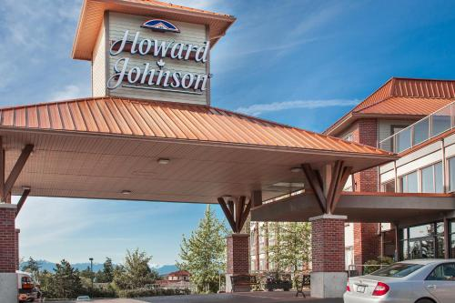 Howard Johnson Hotel & Suites Victoria Photo