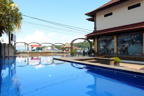 Hotels  U0026 Airbnb Vacation Rentals In Padangbai  Indonesia