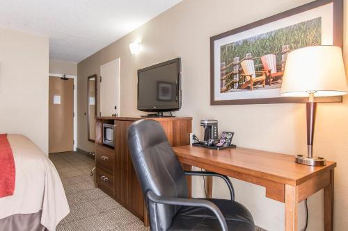 Comfort Inn Huntsville Photo