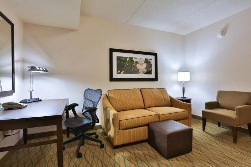 Hilton Garden Inn State College Hotel
