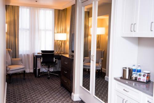 The Redmont Hotel Birmingham Curio - Birmingham, AL 35203