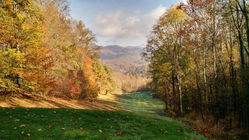 RedTail Mountain Photo