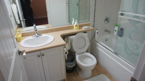 One Bedroom Suite For Five - Surrey, BC V3W 6B9