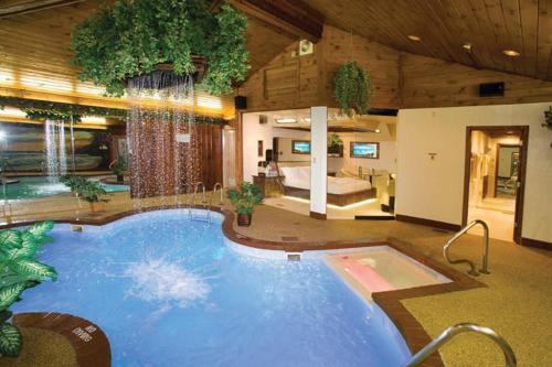 Hotel Sybaris Pool Suites Northbrook - Adults Only thumb-4