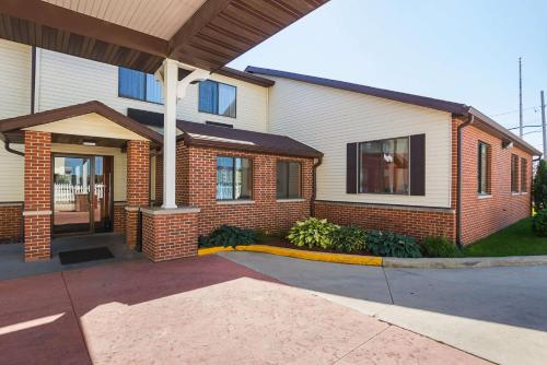 Motel 6 Crossroads Mall-waterloo-cedar Falls - Waterloo, IA 50702