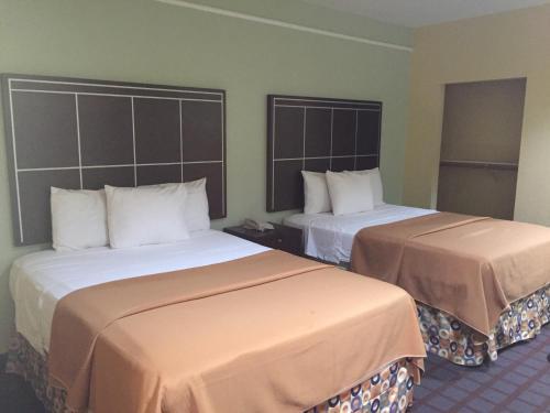 Highlands Suites Photo