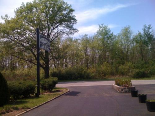Cool Springs Inn - Michigan City, IN 46360