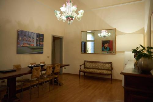 Soggiorno Rondinelli in Florence from $104 - Trabber Hotels