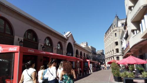 HotelApartamento Mercado del Puerto