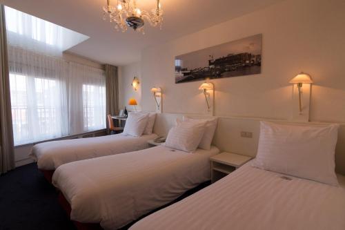 Multatuli Hotel photo 12