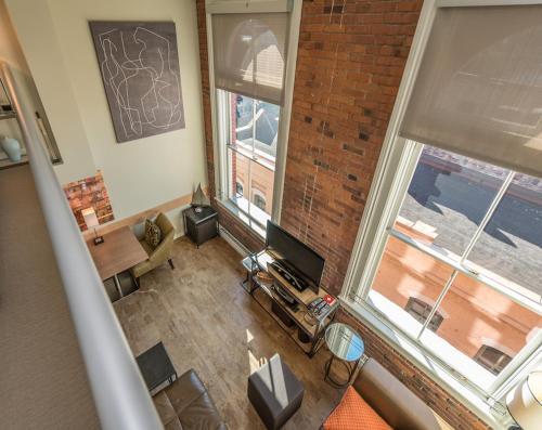 A Victoria Luxury Loft