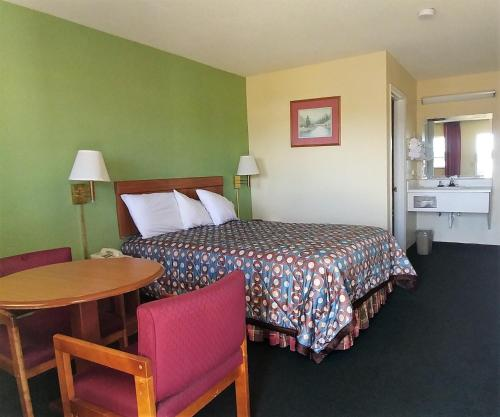 Americas Best Value Inn Photo