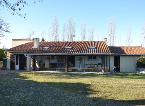jolie maison au milieu des vignes près de Cahors