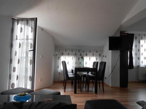 https://q-xx.bstatic.com/images/hotel/max500/885/8853934.jpg