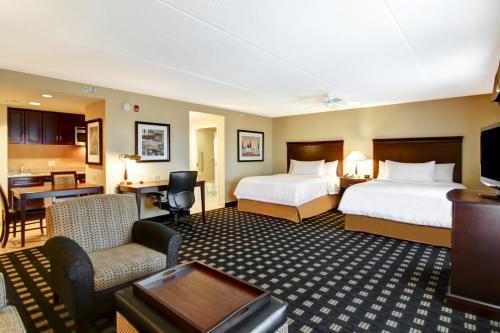 Homewood Suites By Hilton Toronto Airport Corporate Centre - Toronto, ON M9C 5K5