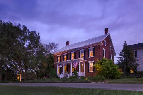 Pheasant Field Bed And Breakfast - Carlisle, PA 17015
