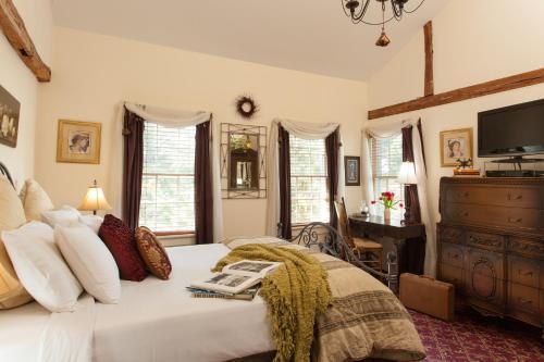 A Butlers Manor - Southampton, NY 11968