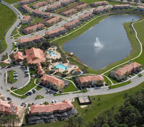 Three-bedroom House In Encantada Resort - 216725 - Kissimmee, FL 34747
