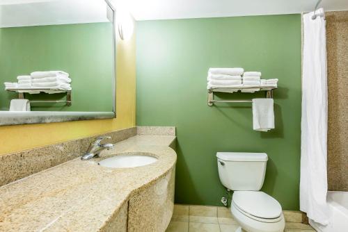 Sleep Inn & Suites University/Shands Photo