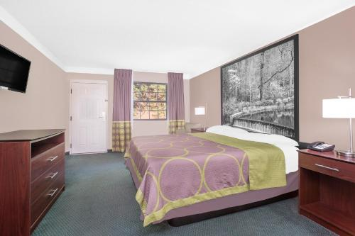 Super 8 By Wyndham Austell/six Flags - Austell, GA 30168