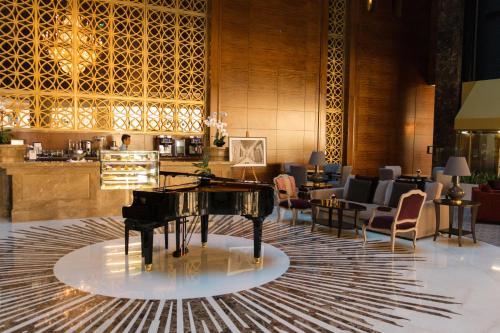 Millennium Hotel Doha Photo