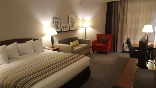 Country Inn & Suites by Radisson, Bryant (Little Rock), AR Photo