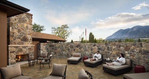 Cheyenne Mountain Resort Colorado Springs, A Dolce Resort Photo