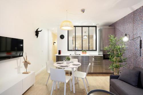 Apartment center of Paris photo 14