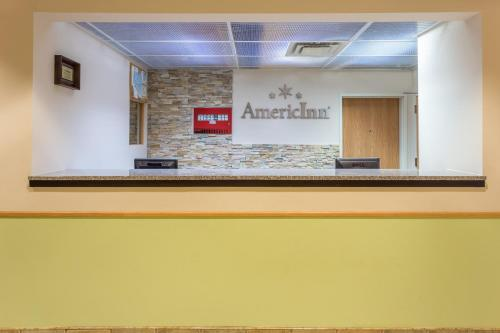 AmericInn and Suites Streator Photo