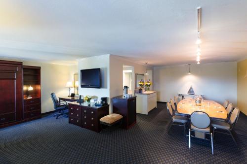 The Marina Inn On San Francisco Bay Hotel Leandro