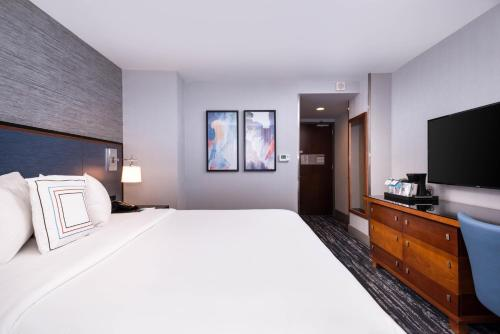 Fairfield Inn & Suites By Marriott New York Manhattan/Times Square photo 6