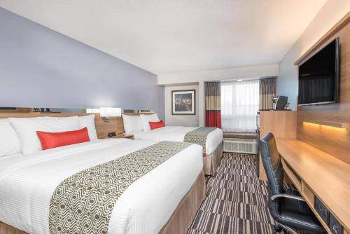 Microtel Inn & Suites By Wyndham Sudbury - Sudbury, ON P3B 2E5