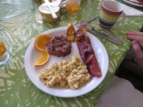 Cariari Bed & Breakfast Photo