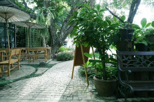 Prasertsri Place