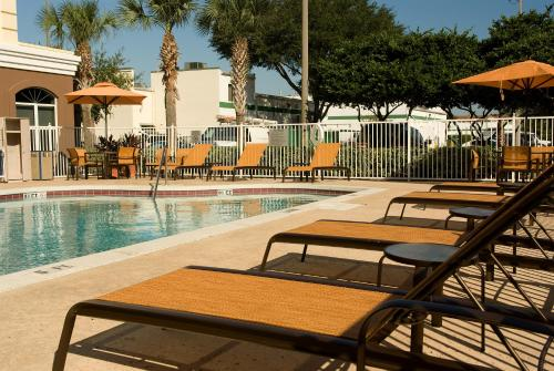 Fairfield Inn & Suites by Marriott Orlando Lake Buena Vista photo 3